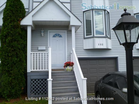 West End Furnished Townhouse Home Rental in Kingston, Ontario, Canada 1