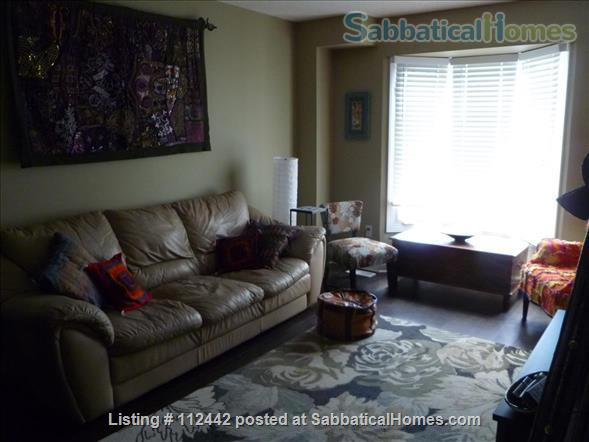West End Furnished Townhouse Home Rental in Kingston, Ontario, Canada 0