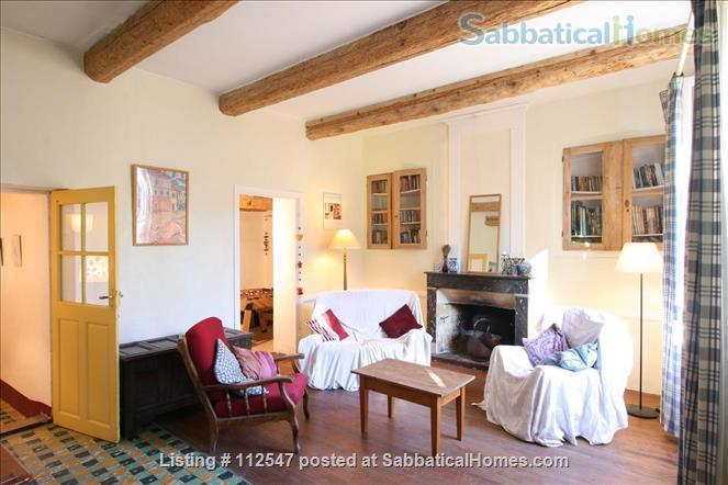 Charming 3-bedroom house in Provençal village                     Home Rental in Mirabel-aux-Baronnies, Auvergne-Rhône-Alpes, France 1