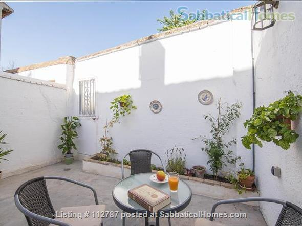 La Lona House Home Rental in Granada, Andalucía, Spain 8