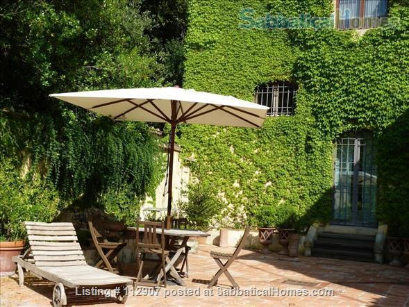 Apartment, park, garden, pool, in Renaissance Villa walking distance to i Tatti - Near EUI (10 min by car)  Home Exchange in Florence, Tuscany, Italy 3