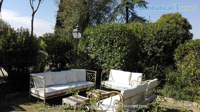 Apartment, park, garden, pool, in Renaissance Villa walking distance to i Tatti - Near EUI (10 min by car)  Home Exchange in Florence, Tuscany, Italy 6