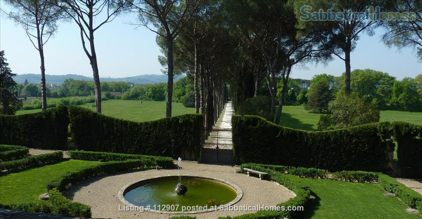 Apartment, park, garden, pool, in Renaissance Villa walking distance to i Tatti - Near EUI (10 min by car)  Home Exchange in Florence, Tuscany, Italy 8