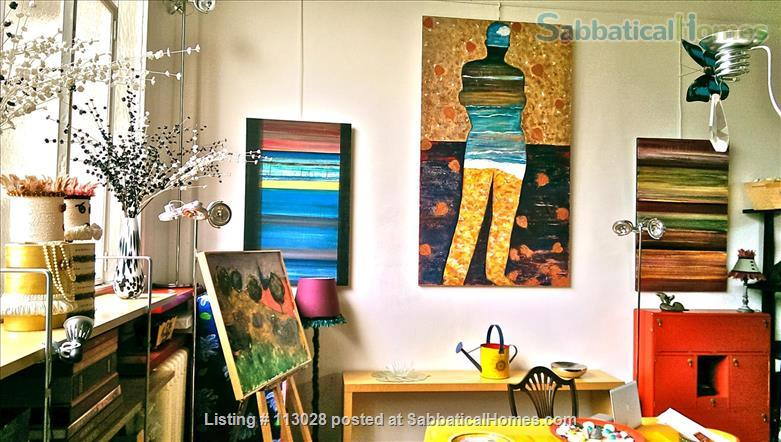 LUMINOUS   ARTIST'S   LOFT -  R o m a n t i c  -  C e n t r a l : walk to Eiffel Tower & Museums. Nestled between two gardens (2 bedrooms, 2 full bathrooms).  ONLY AVAILABLE UNFURNISHED. Also available to purchase. Home Rental in Paris, Île-de-France, France 3