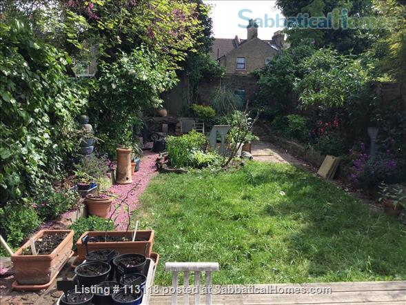 Ensuite room in family house, Clapton, London E5 Home Rental in London, England, United Kingdom 1