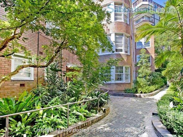 Melrose,  Art Deco apartment on Sydney Harbour, Sydney central Home Rental in Elizabeth Bay, NSW, Australia 1