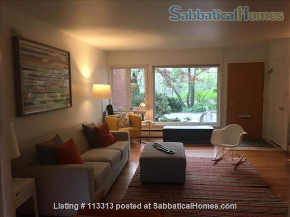 Fully-Furnished Townhouse in Spring Glen, Hamden - within the Spring Glen School District, mins from  Yale University Home Rental in Hamden, Connecticut, United States 0