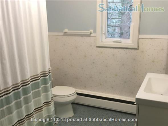 Fully-Furnished Townhouse in Spring Glen, Hamden - within the Spring Glen School District, mins from  Yale University Home Rental in Hamden, Connecticut, United States 5