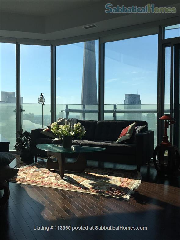 Elegant apartment with lake and city view near U of T & hospitals Home Rental in Toronto, Ontario, Canada 1