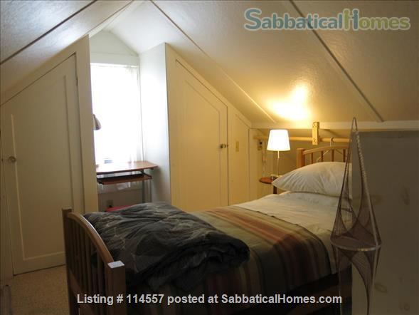 Cozy country cottage Home Rental in South Kingstown, Rhode Island, United States 9