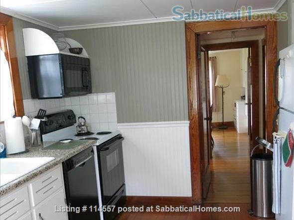 Cozy country cottage Home Rental in South Kingstown, Rhode Island, United States 4
