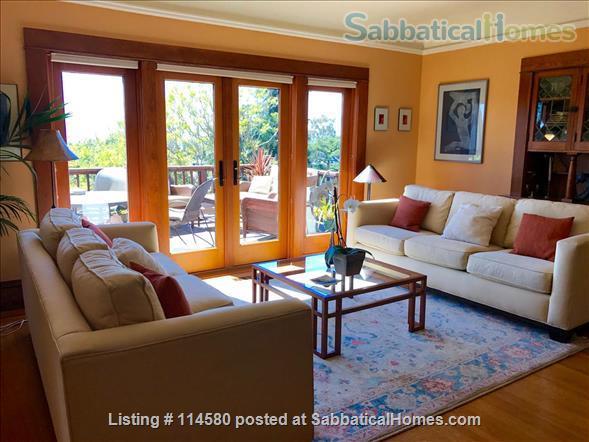 Berkeley Hills Craftsman with stunning bay views, close to campus Home Rental in Berkeley, California, United States 1