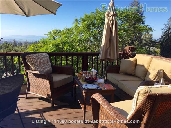 Berkeley Hills Craftsman with stunning bay views, close to campus Home Rental in Berkeley, California, United States 7