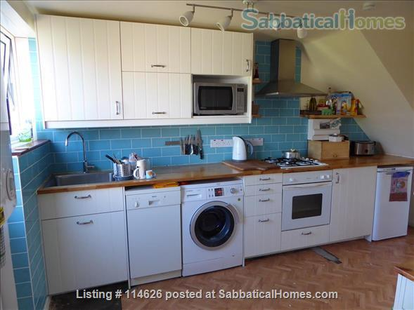 Bright 3 bed family home in Cambridge UK, with beautiful garden including raised bed and toddler safe pond! Home Rental in Cambridge, England, United Kingdom 5