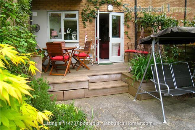 C E N T R A L  O X F O R D :  ROMANTIC RIVERSIDE STUDIO nr Magdalen Deer Pk Home Rental in Oxfordshire, England, United Kingdom 9