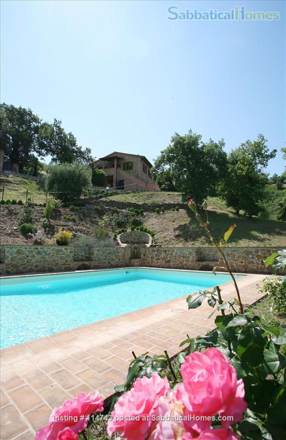 Country House with Pool on Tuscany/Umbria Border near Perugia Home Rental in Provincia di Perugia, Umbria, Italy 1