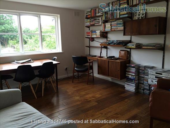 Stylish well-connected 1BD flat Home Rental in Greater London, England, United Kingdom 0