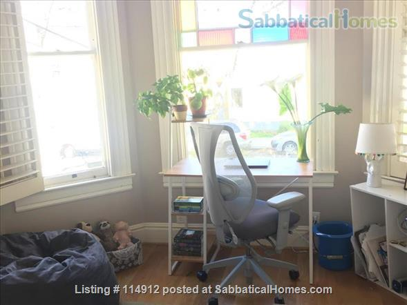 Sunny 3br, 1 1/2 bath Berkeley Home Home Rental in Berkeley, California, United States 4