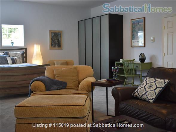 Charming Garden Studio Home Rental in Oakland, California, United States 1