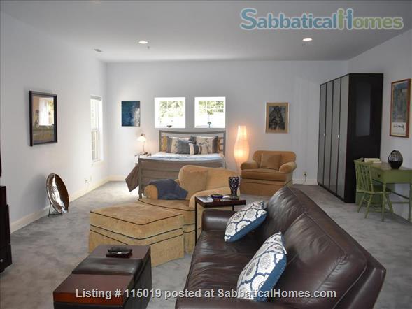 Charming Garden Studio Home Rental in Oakland, California, United States 2