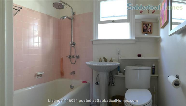 Light-Filled Cottage 5 Blocks UCB Home Exchange in Berkeley, California, United States 6