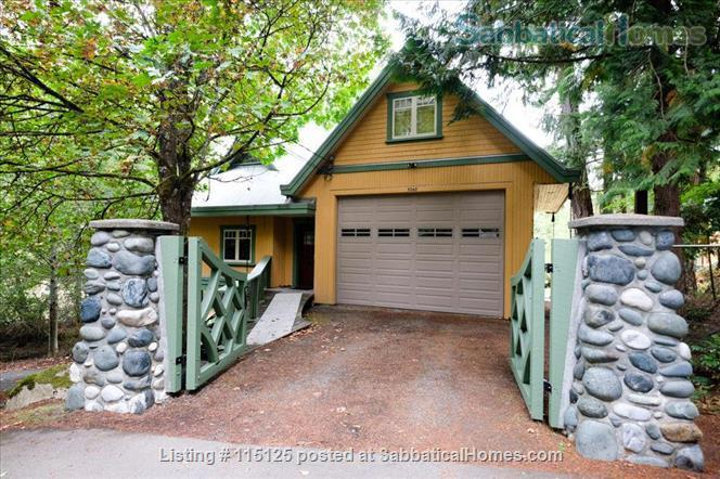 Private, comfortable furnished home on lake Home Rental in Victoria, British Columbia, Canada 1