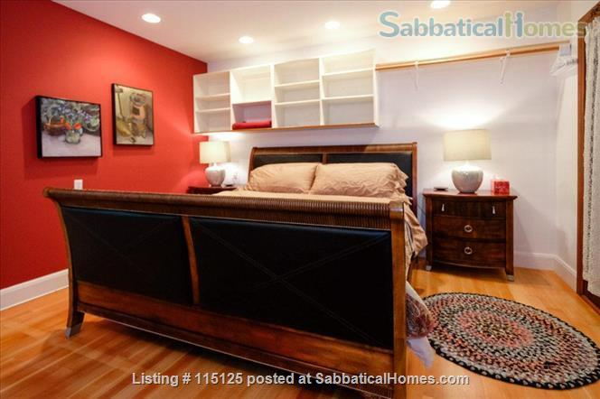 Private, comfortable furnished home on lake Home Rental in Victoria, British Columbia, Canada 2