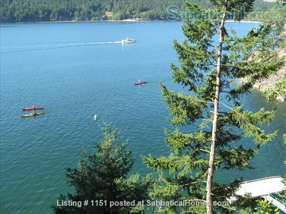 Kingfisher Cove,  Oceanfront Cottage in Southern Gulf Islands,  next to National/Marine Park, with dock & deep water moorage,  40 MIN ferry to Swartz Bay/Victoria +20 mins to UVic; or ferry/float plane to Vancouver/UBC Home Rental in Pender Island, British Columbia, Canada 4