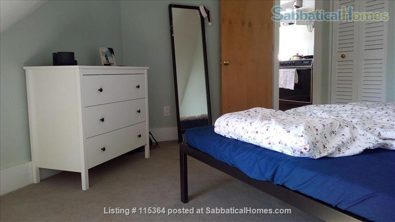 Charming, Sunny One Bedroom Apartment in West Cambridge Home Rental in Cambridge, Massachusetts, United States 9