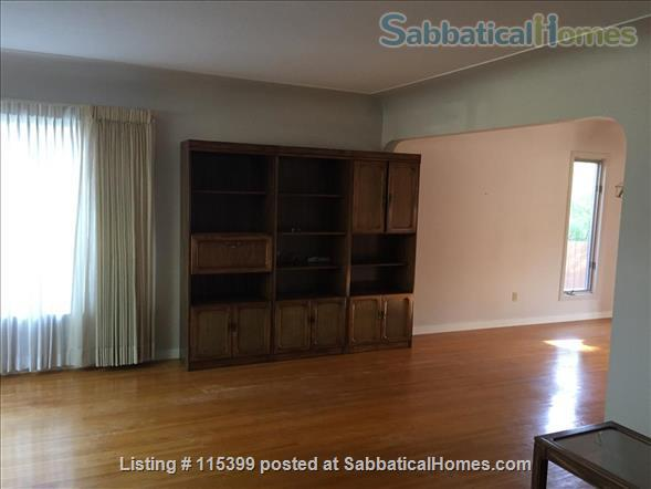 4 Bedroom Home for Rent - Windsor Park / University  Home Rental in Edmonton, Alberta, Canada 9