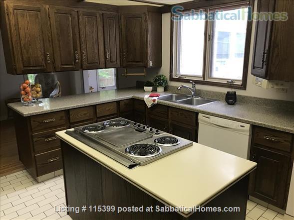 4 Bedroom Home for Rent - Windsor Park / University  Home Rental in Edmonton, Alberta, Canada 2