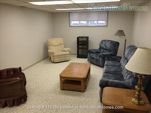 4 Bedroom Home for Rent - Windsor Park / University  Home Rental in Edmonton, Alberta, Canada 7