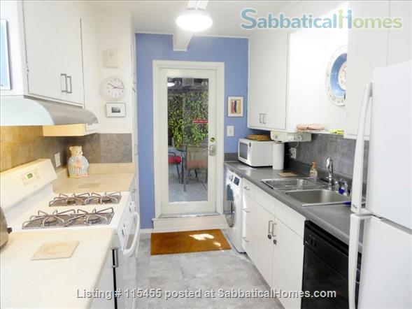 Private one-bedroom apartment with garden patio, fully furnished and equipped, in best Berkeley neighborhood Home Rental in Berkeley, California, United States 0
