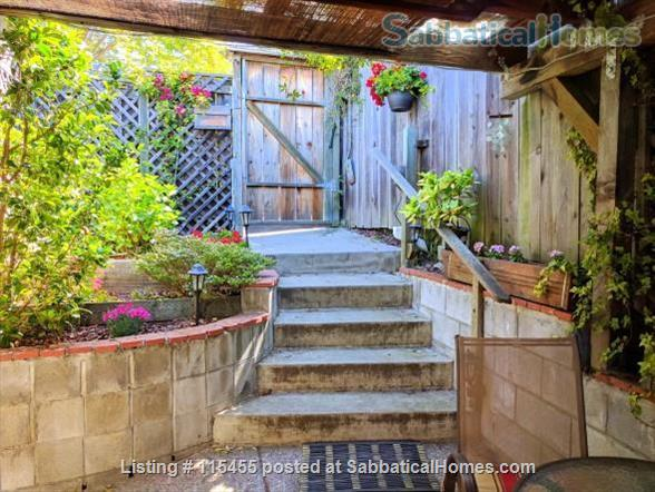 Private one-bedroom apartment with garden patio, fully furnished and equipped, in best Berkeley neighborhood Home Rental in Berkeley, California, United States 8