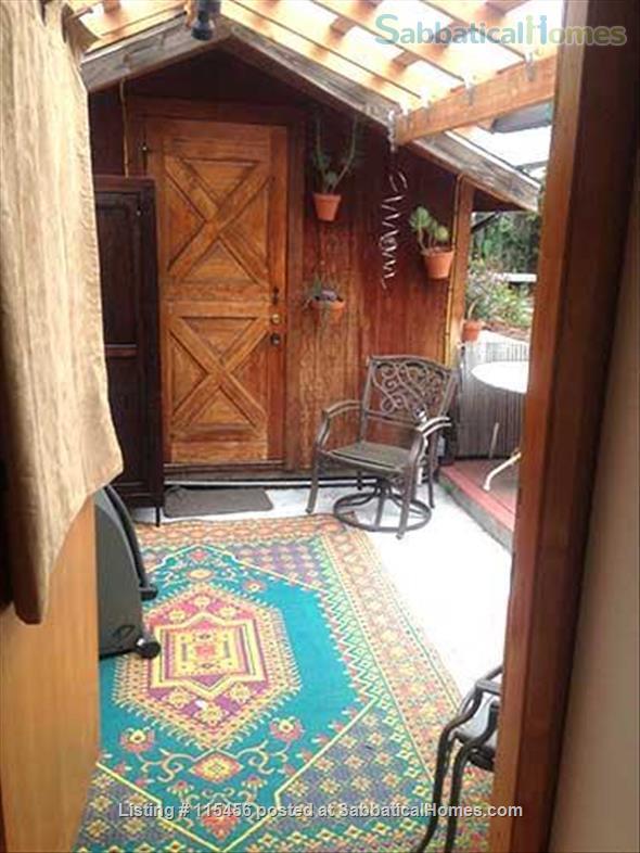 J4 Sunny, Cozy Patio Cabin, 3 Blocks BART, Private Shower Home Rental in Berkeley, California, United States 4