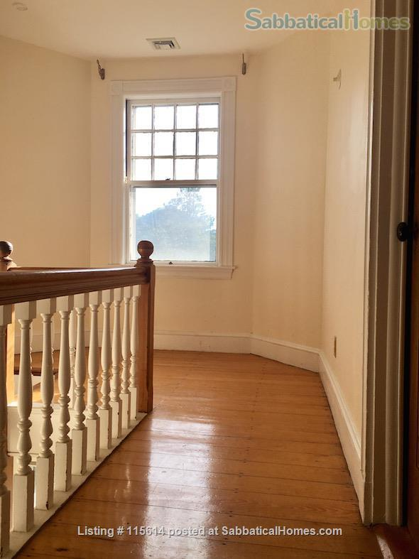 Private 3rd Floor Unit: 2 Large, Sunny Bedrooms, Luxury Bathroom & Kitchenette. Private Entrance. Short Walk to T (Green Line), Near Rte 95/128  Home Rental in Newton, Massachusetts, United States 7