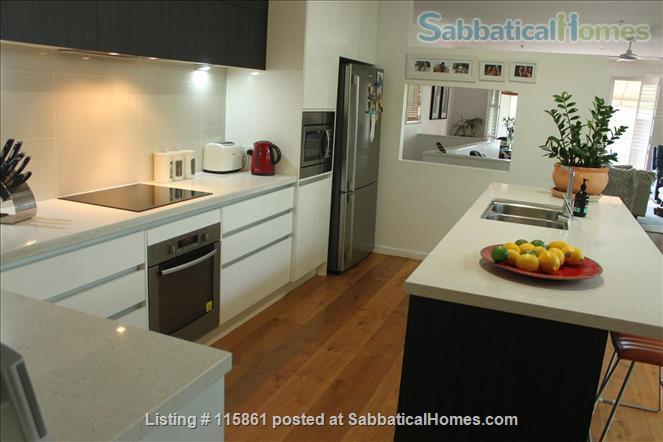 Treetop Townhouse in St Lucia Home Rental in St Lucia, QLD, Australia 0