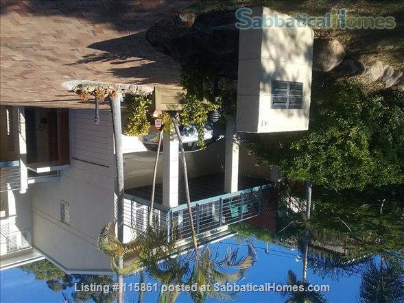 Treetop Townhouse in St Lucia Home Rental in St Lucia, QLD, Australia 4
