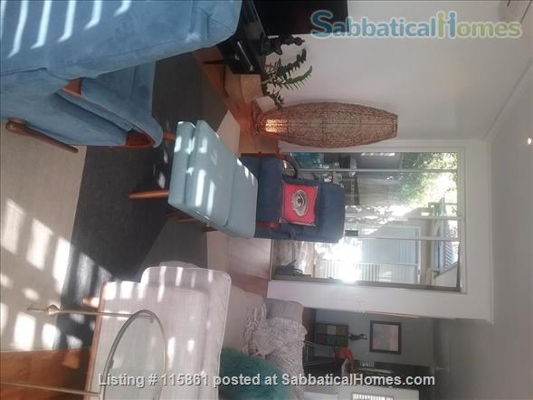 Treetop Townhouse in St Lucia Home Rental in St Lucia, QLD, Australia 7