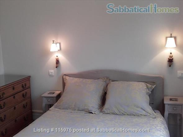Sunny Apartment near Luxembourg Gardens.  Perfect for an academic couple. Home Rental in Paris, Île-de-France, France 4