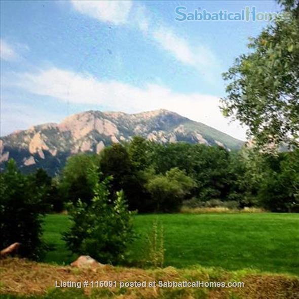 Amazing condo in perfect Boulder location available  July 2021 Home Rental in Boulder, Colorado, United States 1