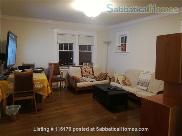 Luxury 3 Bedroom Furnished Apartment in Elegant Century Home Home Rental in Waterloo, Ontario, Canada 5