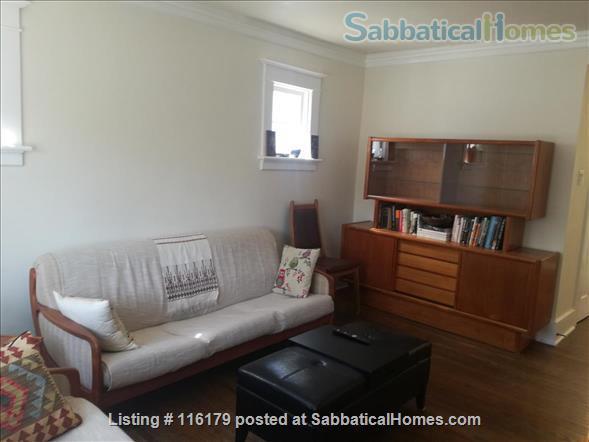 Luxury 3 Bedroom Furnished Apartment in Elegant Century Home Home Rental in Waterloo, Ontario, Canada 6