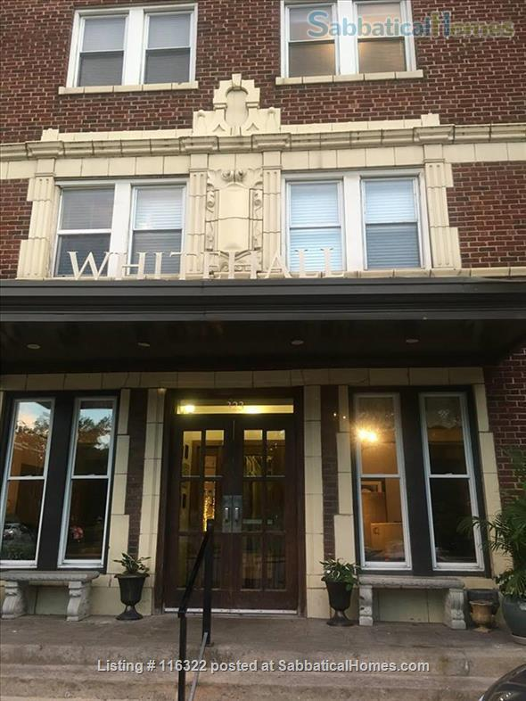 Sublet our small apartment, includes utilities, wifi, possible reserved outdoor parking. Home Rental in Kansas City, Missouri, United States 3