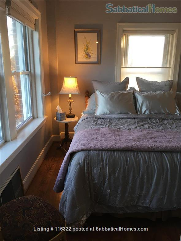 Sublet our small apartment, includes utilities, wifi, possible reserved outdoor parking. Home Rental in Kansas City, Missouri, United States 5