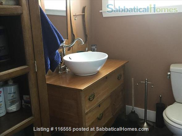 5 bedroom Garneau Home 2 blocks from U of A Home Rental in Edmonton, Alberta, Canada 0