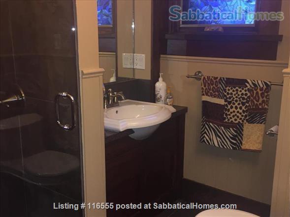 5 bedroom Garneau Home 2 blocks from U of A Home Rental in Edmonton, Alberta, Canada 2