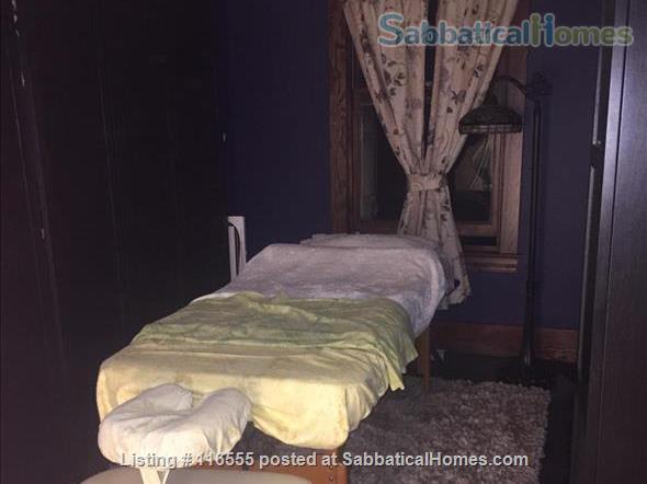 5 bedroom Garneau Home 2 blocks from U of A Home Rental in Edmonton, Alberta, Canada 6