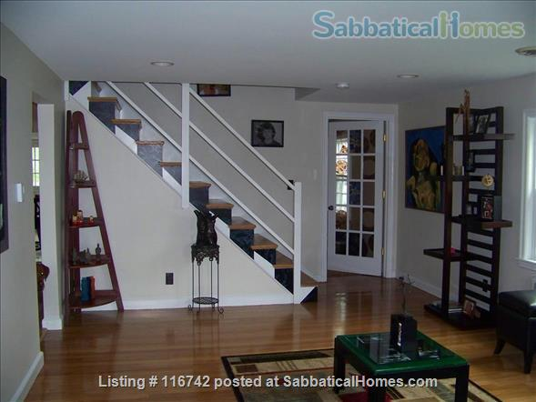 3 Bedrooms furnished / w Parking / Close bus to Harvard Sq.  Home Rental in Belmont, Massachusetts, United States 7