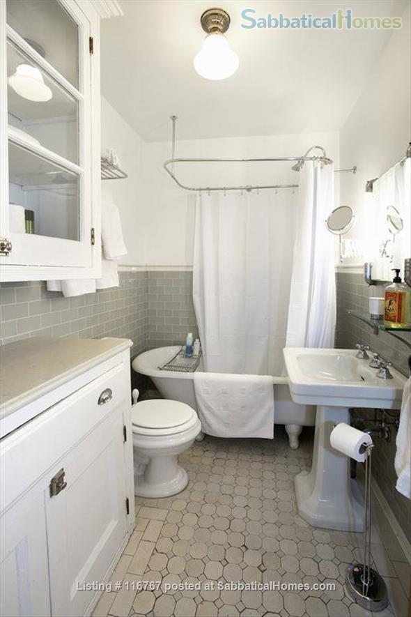 Harlem Hideaway Garden Apartment Home Rental in New York, New York, United States 9